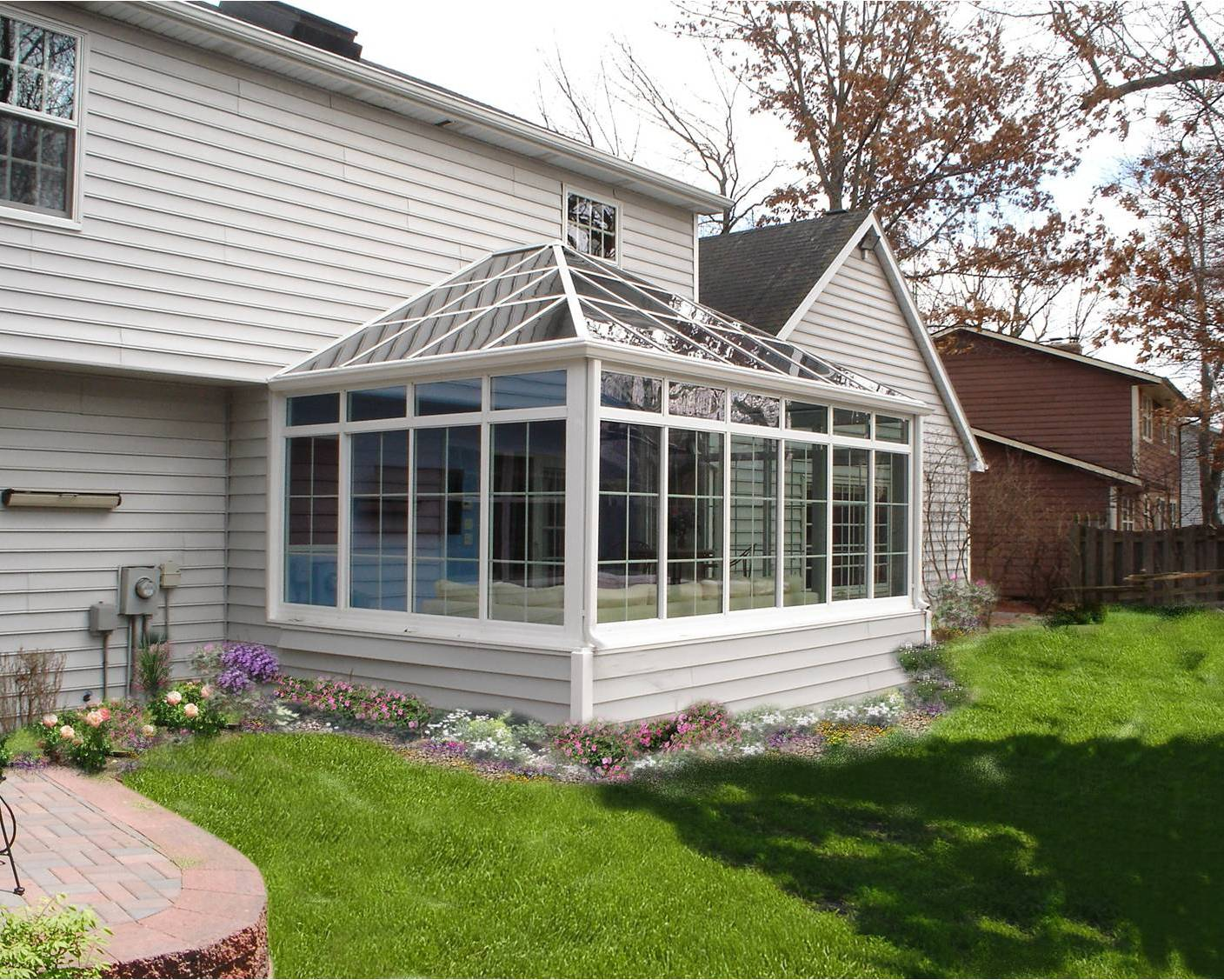 Photo gallery four seasons sunrooms 613 738 8055 for 4 season sunrooms