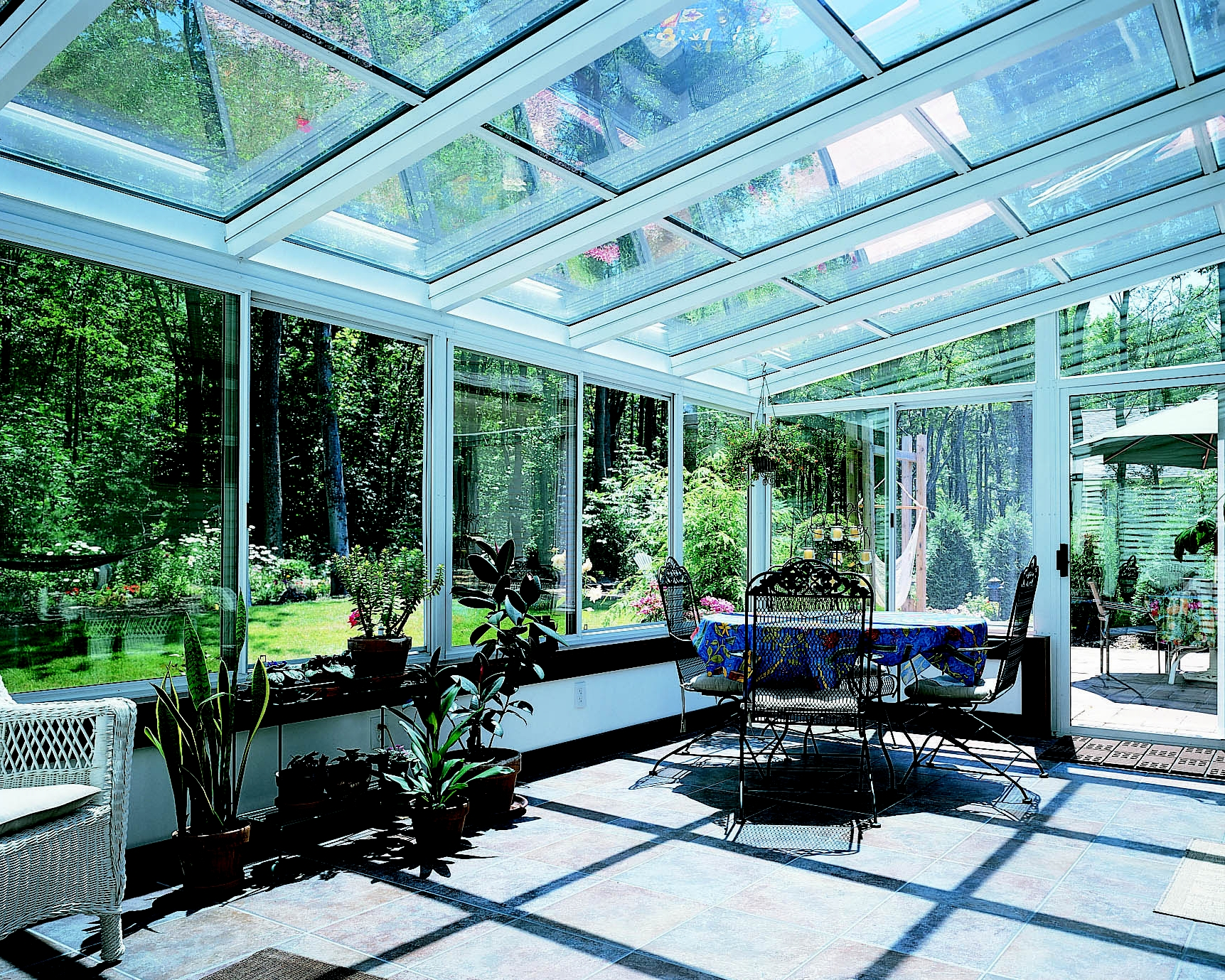 Photo gallery four seasons sunrooms 613 738 8055 for Sunroom designs of nebraska